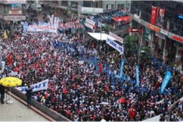 AKP iktidarına karşı işçiler ayakta…