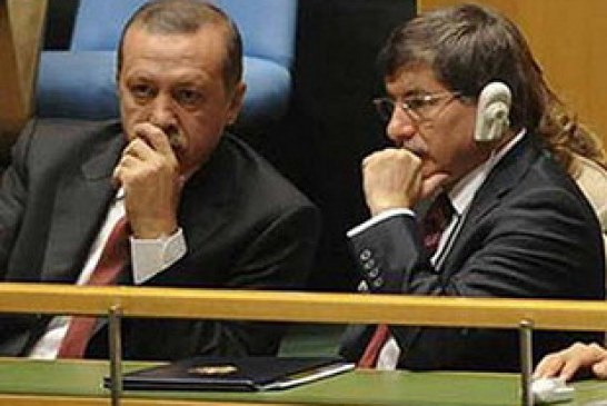 """AKP'nin Yeni Dış Politika Safsatası: """"Değerli Yalnızlık""""-Ayşe Tütüncügil"""