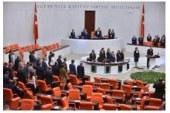 Solda Yeni Adet: İstemem Ama Evet- Mehmet Ali Yılmaz