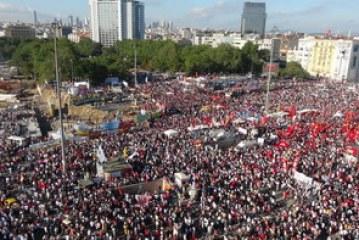 Her Yer Taksim, Her Yer Direniş- Neslihan Yalman